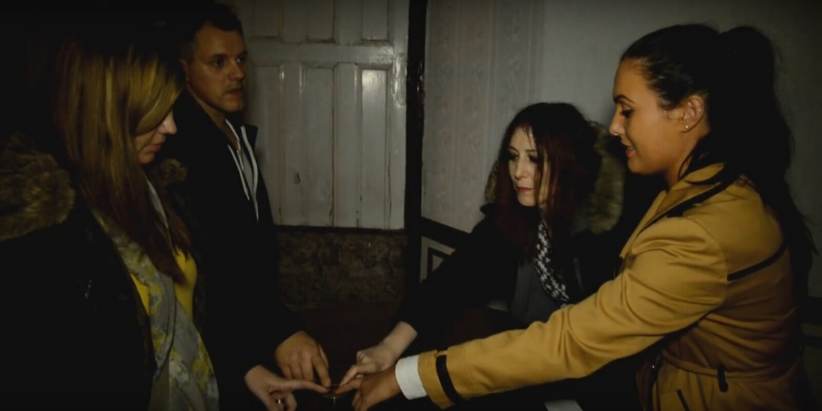 Richard offering help with the Paranormal in Wales Seance session in Pentre.